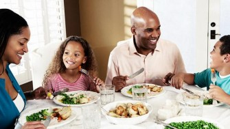 report-family-dinners-06_0